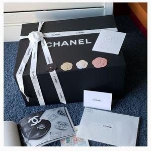XXX LARGE Chanel Magnetic Gift Box ( HUGE, GIANT )